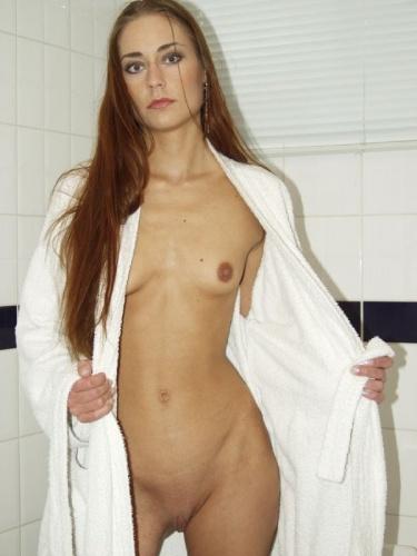 Prachtig lichaam van jonge vrouw